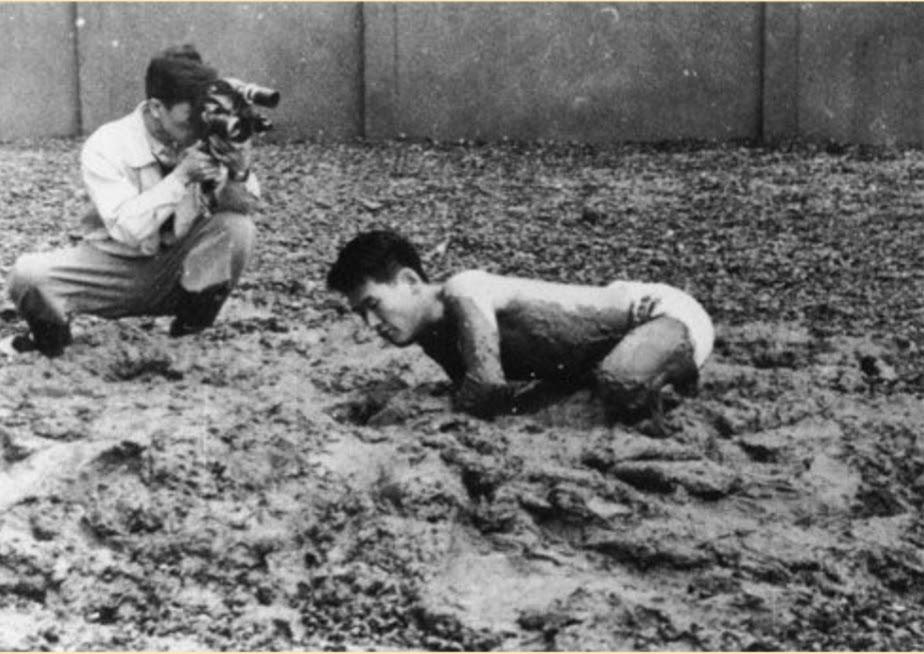 Challenging Mud, 1955 – Kazuo Shiraga – WikiArt.org